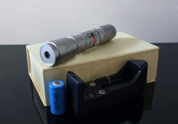 Package of 100mW Green Flashlight
